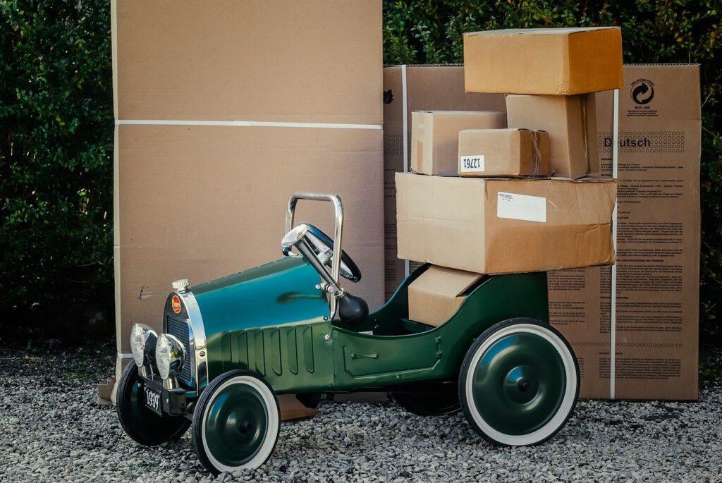 package, packaging, shipping-1511683.jpg